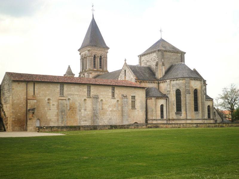 abbaye de Nieul sur l`Autize