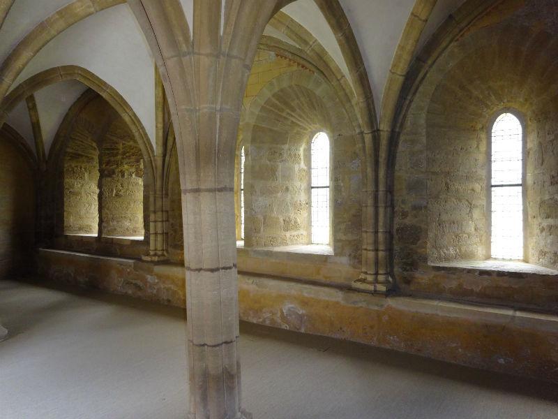 prieuré de Grammont salle à manger